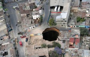 Guatemala City Sinkhole 2007